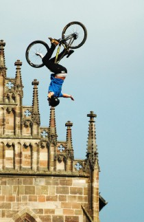 Airtime beim Red Bull District Ride 2014