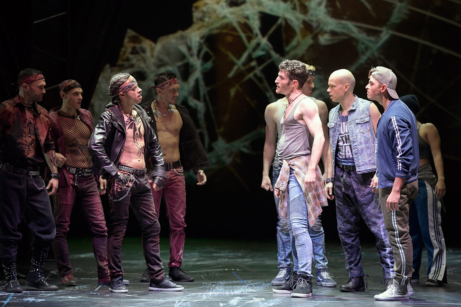 West Side Story / Staatstheater Nürnberg, Oper / Foto Bettina Stöß