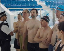Swimming with men, © Alamode Film