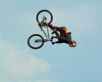 Brandon Semenuk, Aktion: Backflip mit One Foot Can, Foto: Andreas Haag